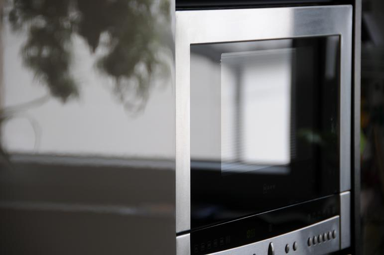 kitchen applicance microwave