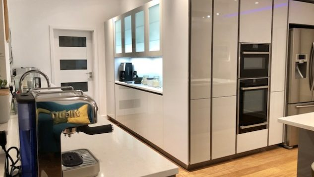 High Gloss Lacquer Handleless Light & Pearl Grey kitchen