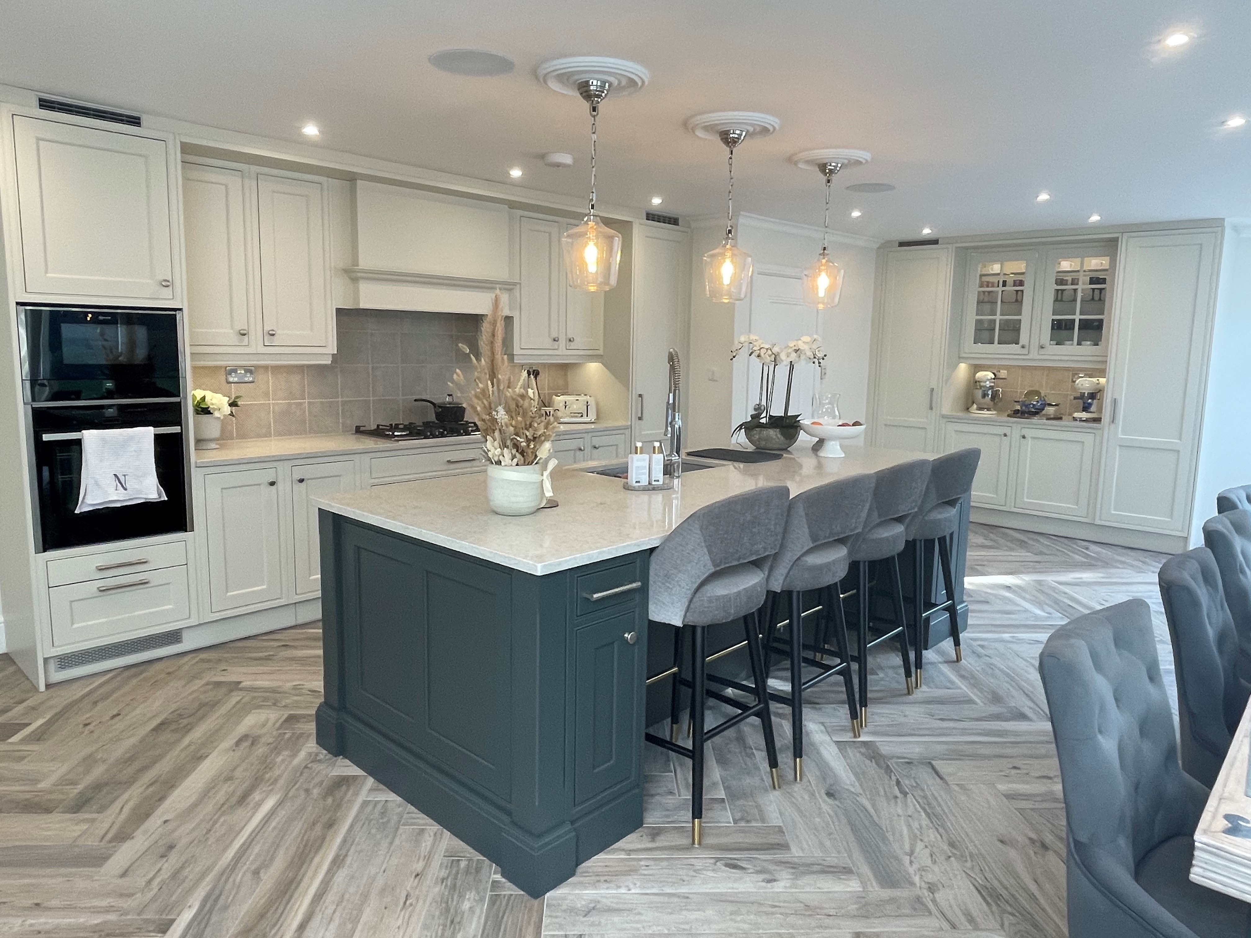 Creating Your Modern Dream Kitchen - The Ultimate Guide
